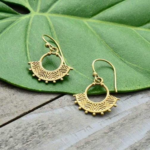 tiny zig zag earrings