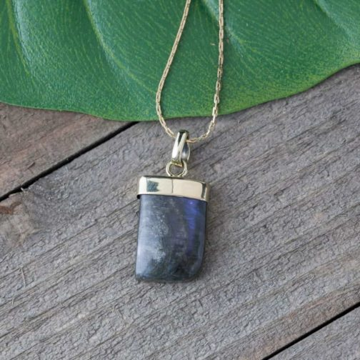 freeform labradorite necklace
