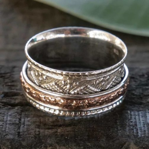 deco spinner ring